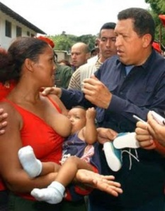 breast-feedingmummeetshugochavez