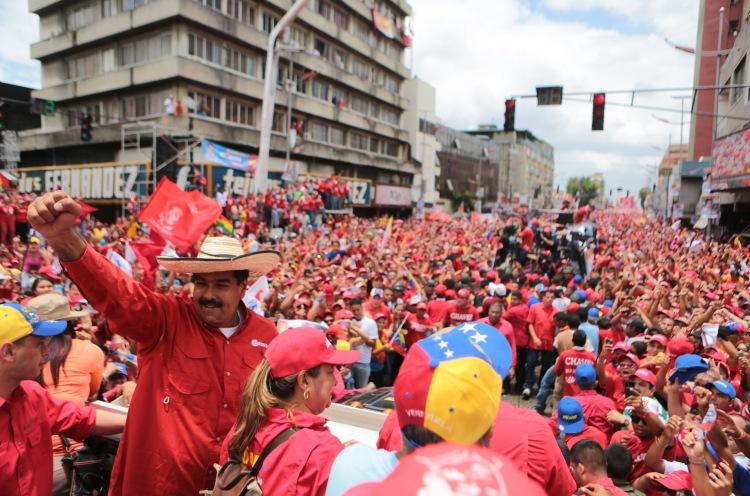 Nicolás-Maduro21